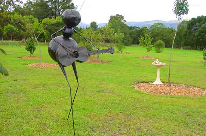 Sculpture - Ideally located, Galeria Aniela fine art gallery and Sculpture Park is set at the backdrop of Kangaroo Valley breathtaking escarpment, enjoying awesome views and many say that the property is a work of art in itself.